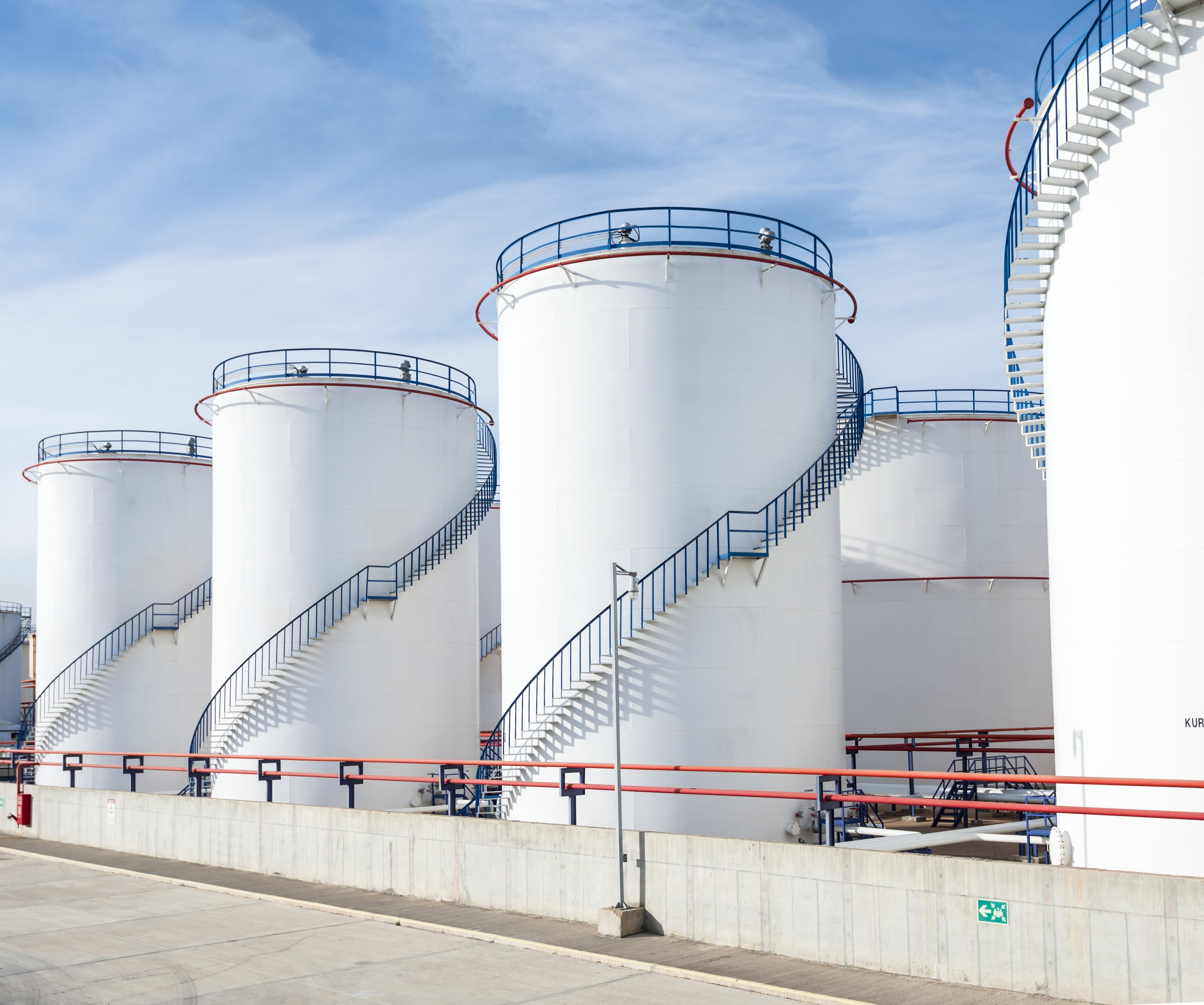oil-storage-tank-5